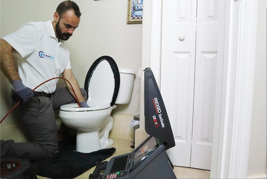 Clean flo plumbing sewer and drain Anderson SC plumber clogged toilet